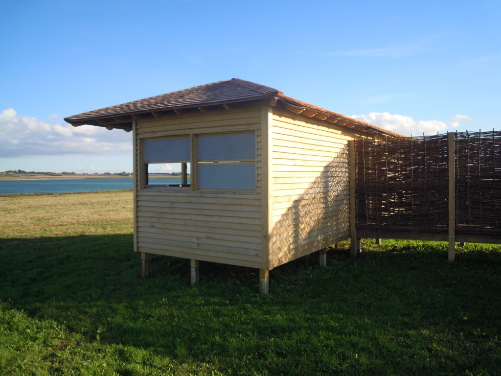 Back island bird hide at abberton reservoir for essex wildlife trust