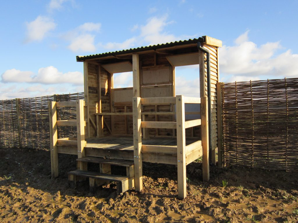 back-view-windows-open-abberton-reservoir-memorial-bird-hide-blind-essex-wildlife-trust