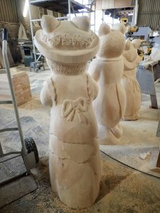 brambly-hedge-work-in-progress-carvings-by-the-wild-deck-company