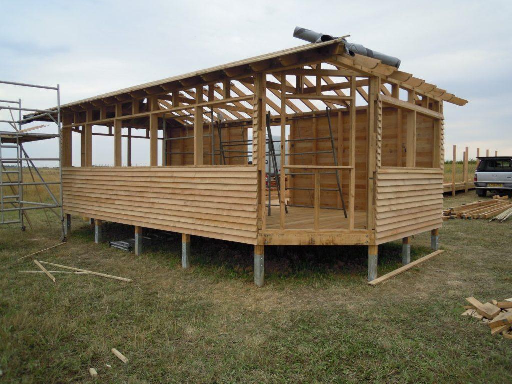 construction-main-island-bird-hide-at-abberton-reservoir-for-essex-wildlife-trust