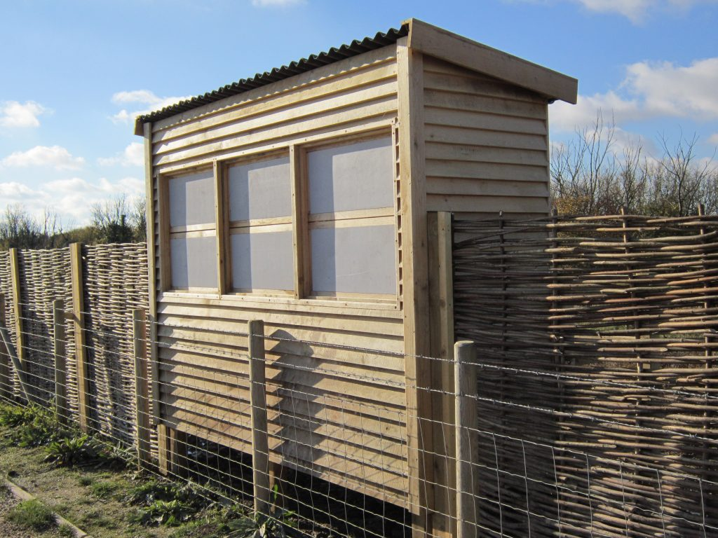 Front windows closed abberton reservoir memorial bird hide blind essex wildlife trust