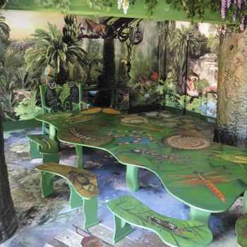 jungle-themed-meeting-room-at-bristol-zoo-by-the-wild-deck-company