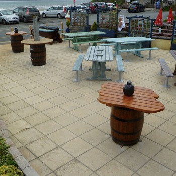 pirate-themed-seating-and-picnic-area-by-the-wild-deck-company