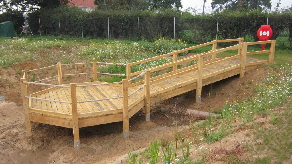 pond-dipping-platform-construction-pre-water-by-the-wild-deck-company