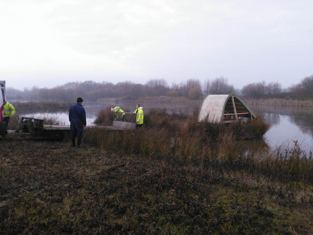 removing-trailer-sand-martin-bank-installation-at-abberton-reservoir-for-essex-wildlife-trust