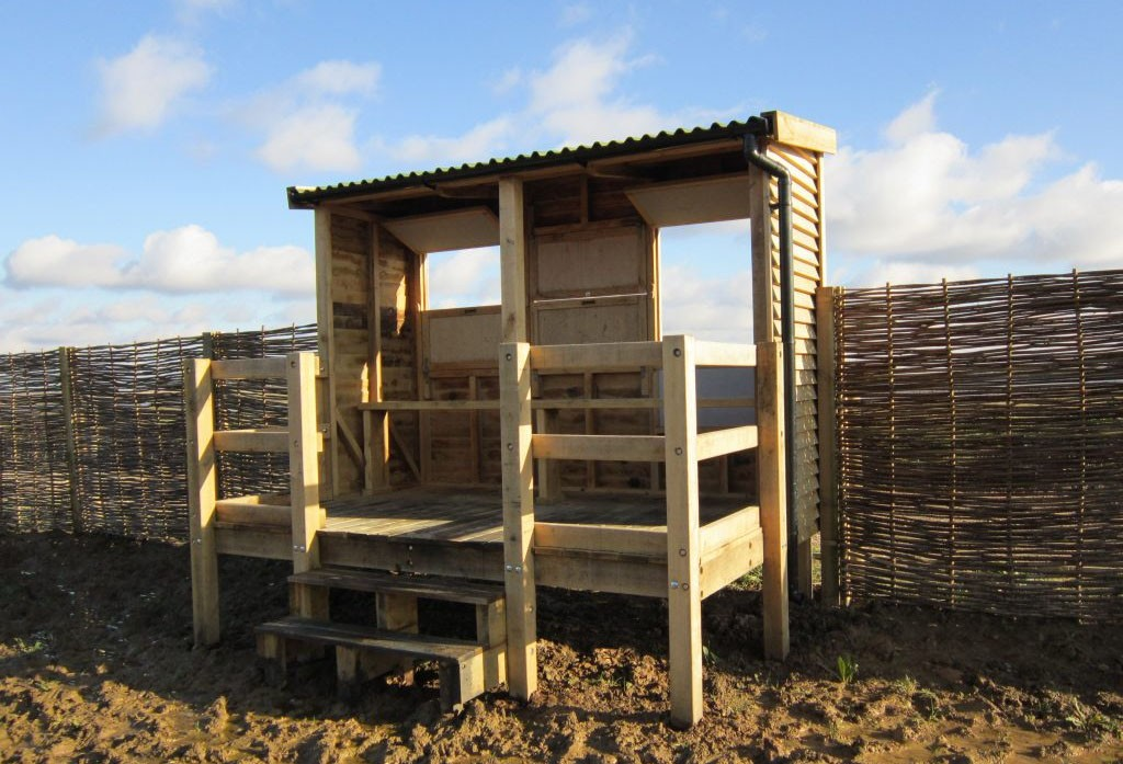 Wigborough bay bird hide at abberton reservoir for essex wildlife trust 1