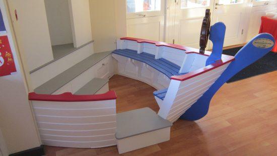 bench ship corner seat berkhamsted school