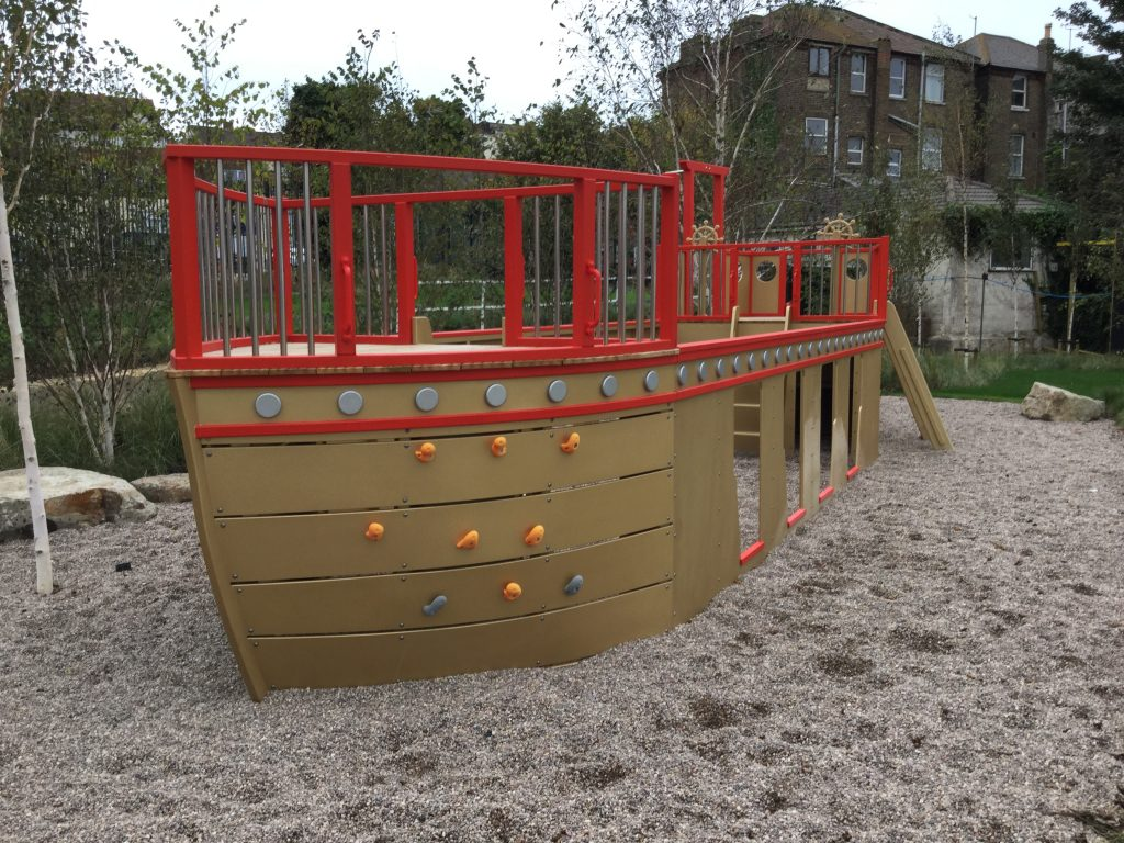 dreamland pirate ship