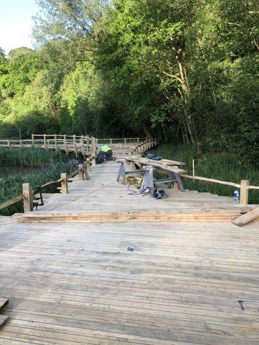 fitting decking kew wakehurst oak boardwalk wip