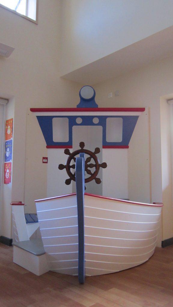 front view ship corner seat berkhamsted school