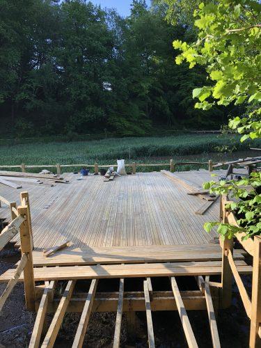 laying decking kew wakehurst oak boardwalk wip