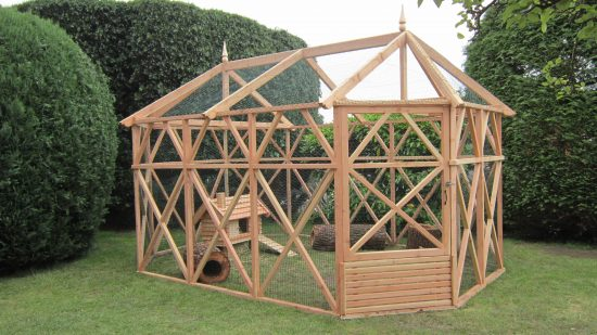 rabbit hutch pergola garden
